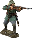 1916-18 German Inf Advancing Firing - PRE-ORDER