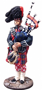 The Royal Edinburgh Tattoo - The Lone Piper