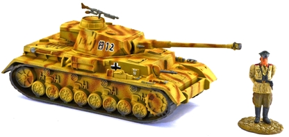 WW II German Panzer IV Tank - full paint