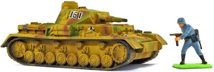 WWII German Short-Barreled Panzer IV - full paint