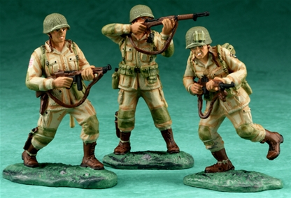 D-Day 101st Airborne Advancing