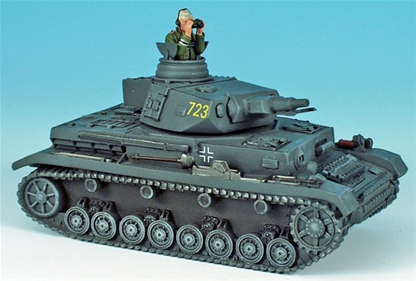 Panzerkampfwagon IV Tank #723 with Figure