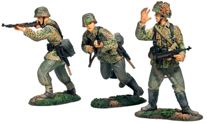 German 17th Waffen SS Forward Advance Set #1