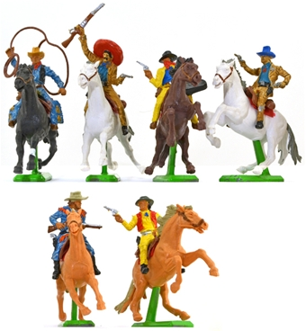 Deetail Mounted Cowboys - 6 in 6 poses