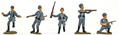 WW II German Infantry - Full paint