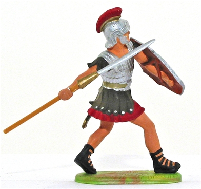 Roman Legionary Throwing Pilum - Defending